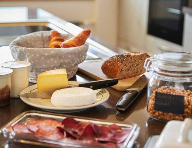 Frühstück in La Forge de Diogne - lokalen und hausgemachte Produkte